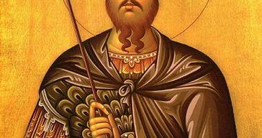 Sfântul Mare Mucenic Teodor Tiron, cinstit de creştini