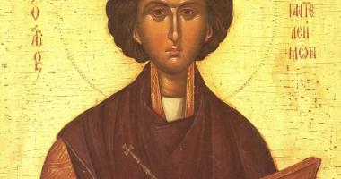 Sărbătoare mare, la Constanţa. Moaştele Sfântului Pantelimon, la Catedrala arhiepiscopală