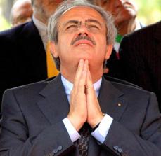 Preşedintele  regiunii Sicilia  şi-a dat demisia