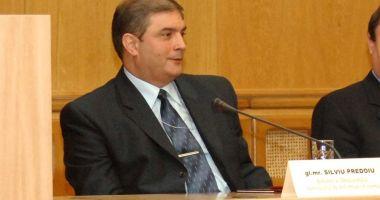 Klaus Iohannis l-a trecut în rezervă pe prim-adjunctul SIE Silviu Predoiu