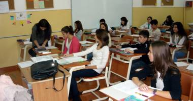 Elevii se întorc la cursuri. Iată STRUCTURA anului școlar 2014-2015