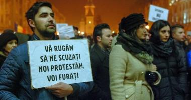 Sindicatele şi ONG-urile scot populația în stradă, împotriva hoţiei şi haosului
