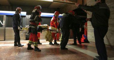 Sinucidere în staţie! O persoană s-a aruncat în faţa metroului