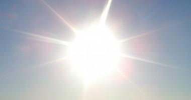 Vreme �nsorit�  �i foarte c�lduroas�