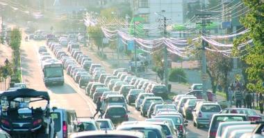 Şoc pentru şoferi: Nu ţi-ai plătit taxele, ţi se anulează înmatricularea maşinii!