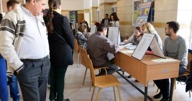 Cursuri de formare şi noi locuri de muncă pentru şomeri, la Constanţa