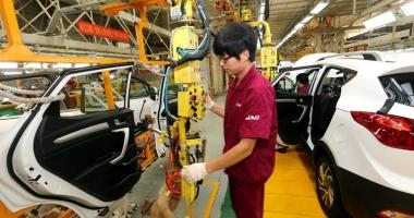Spălătoriile şi service-urile auto recrutează lucrători din China