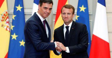 Spania şi Franţa propun centre de debarcare pentru imigranţi pe pământ european