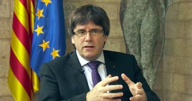 Spania a emis un mandat de arestare pentru Carles Puigdemont