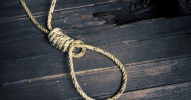 Un profesor de educație fizică s-a sinucis în sala de sport