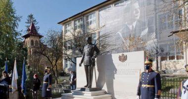 Statuia Regelui Mihai I, dezvelită la Sinaia, la 100 de ani de la nașterea fostului suveran