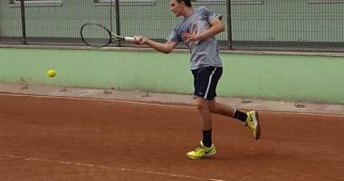 �tefan Palo�i �n finala turneului de tenis de la Mamaia