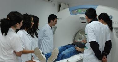 GEST INCREDIBIL. Studenţii străini de la Medicină doteză spitalele