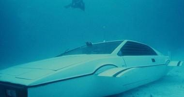Maşina-submarin a lui James Bond este de vânzare