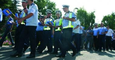 Poliţiştii au ajuns la limita răbdării şi vor ieşi în stradă.