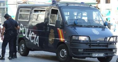 Opt suspecţi de terorism, arestaţi în Spania
