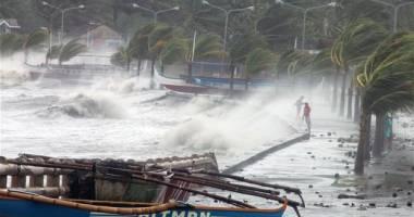 24.000 de persoane evacuate, �n a�teptarea taifunului Maysak