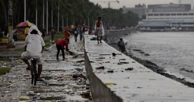 Taifunul Kalmaegi se apropie AMENIN��TOR