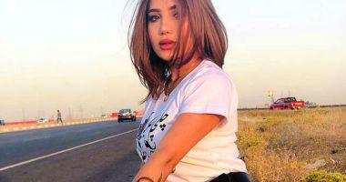 O tânără de 22 de ani, fotomodel celebru, a fost împușcată pe stradă
