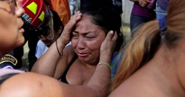 Ţară îndoliată!  22 de adolescente  şi-au pierdut viaţa  într-un incendiu