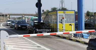 Taxa de trecere pe podurile Fetești-Cernavodă și Giurgeni-Vadu Oii ar putea fi desfiinţată