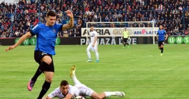 FC Viitorul merge după trei puncte la Mediaş