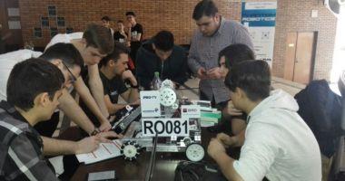 Elevii Liceului  de Telecomunicaţii Constanţa, în cursă  la Campionatul  Naţional de Robotică