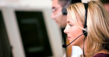 Operatorii de telefonie mobilă au strâns cele mai multe reclamaţii în 2013