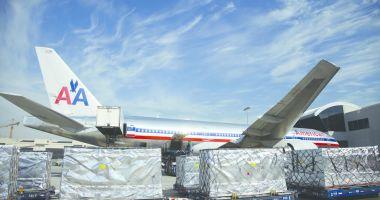 Tensiuni în Golf. Washingtonul interzice zboruri comerciale americane