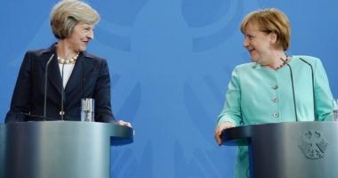 Angela Merkel respinge cererea premierului britanic de negocieri paralele