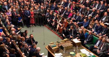 Theresa May cere sprijinul parlamentarilor după discuţiile dificile cu UE