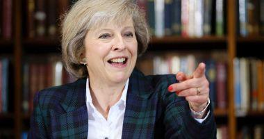 Theresa May îi va solicita lui