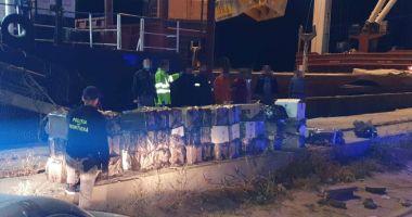 Focuri de armă în port, pentru prinderea unor marinari contrabandiști de țigări