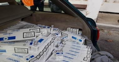 Aproape 4.000 de pachete de ţigări, descoperite de poliţiştii de frontieră constănţeni