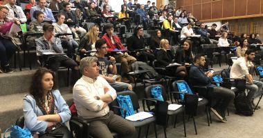 Tinerii constănţeni, interesaţi să meargă la facultate în Marea Britanie