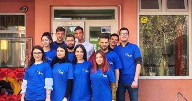 Tinerii din ALDE Constanța, alături de copiii infectați cu HIV