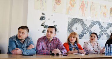 Tinerii din PSD Constanța, oaspeți la Crucea Roșie. Care a fost scopul