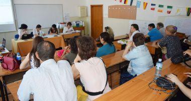 TITULARIZARE 2020. Președintele Klaus Iohannis a promulgat legea pentru organizarea concursului de ocupare a posturilor în școli