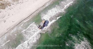Trafic  de migranţi  la Marea Neagră. Două călăuze, arestate  la Constanţa