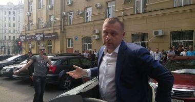 Un politician din Ucraina a fost aruncat la gunoi