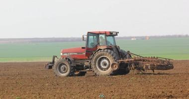 Agricultorii se tem că vor lua ţeapă cu subvenţionarea accizei la motorină