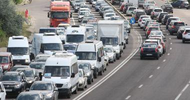 Trafic de COŞMAR, în drumul către casă! Cum se circulă pe şoselele din Constanţa