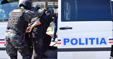 Percheziții în județul Constanța. 17 persoane reținute pentru trafic de droguri