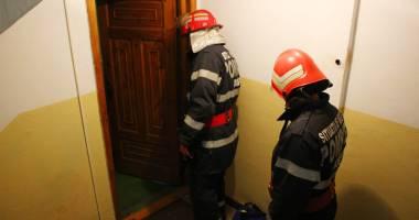 Tragedie �ntr-un bloc din Constan�a. O femeie a murit �i dou� persoane au ajuns �n stare critic� la spital