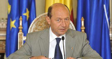 Traian Băsescu deschide lista PMP la europarlamentare
