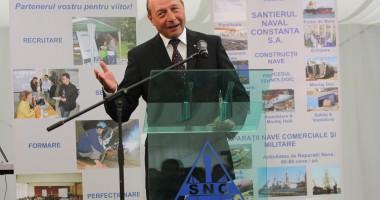 Preşedintele Traian Băsescu le urează românilor sănătate şi bucurie de Florii