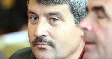 Primarii Traian Dragomir şi Iusein Visel se luptă pentru păstrarea mandatelor. Ce a stabilit instanţa