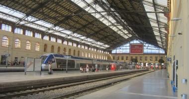 Trei români, printre care o fetiţă de cinci ani, au murit loviţi de un tren, în Marsilia