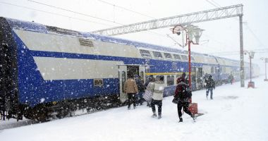 Călătorii vor primi ceai cald şi sandvişuri în tren