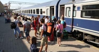 MINIVACANŢA DE SF. MARIA / Mii de trenuri vor circula zilnic